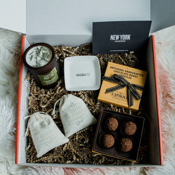 """Cozy"" Relaxation Gift Box from New York Makers"