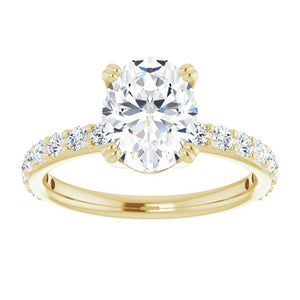 Oval Claw Set Style Engagement Ring
