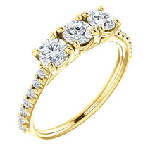 Round Brilliant Tri -Stone Style Engagement Ring