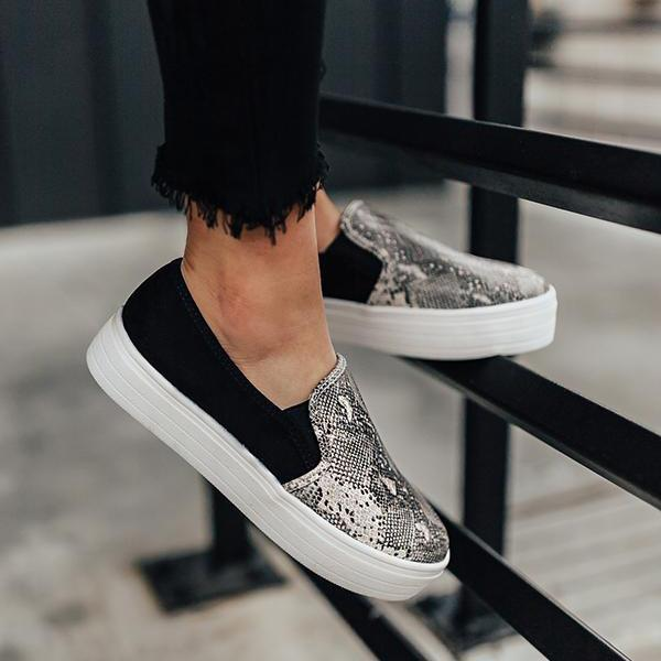 Charmystery Women Fashion Printed Flat Sneakers