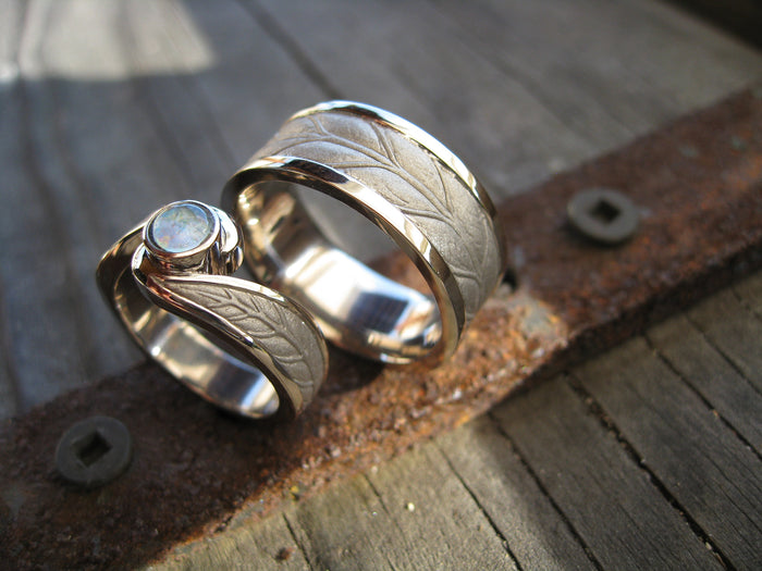 sarah and lasse leaf ring set