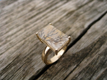 <p>danielle cocktail ring: 10k yellow gold with brazillian rutilated quartz</p>