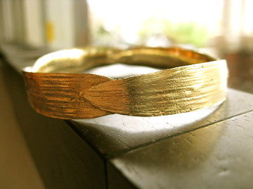 <p>dar bamboo bangle: 14k reclaimed heirloom yellow gold bangle</p>