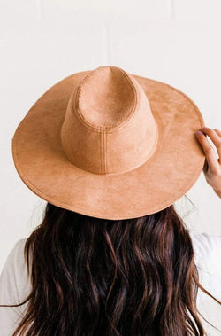 Accessories: Hat Babe Hat Tan
