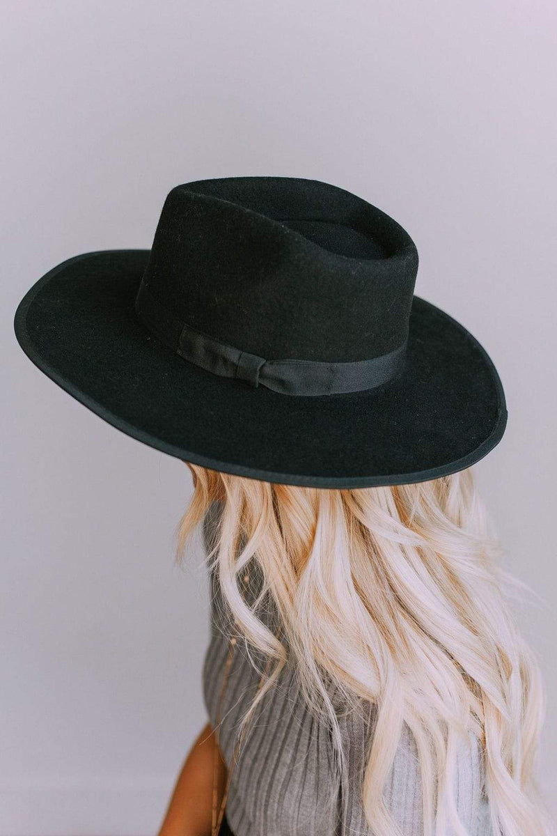 Accessories: Hat Girlfriend Hat Black