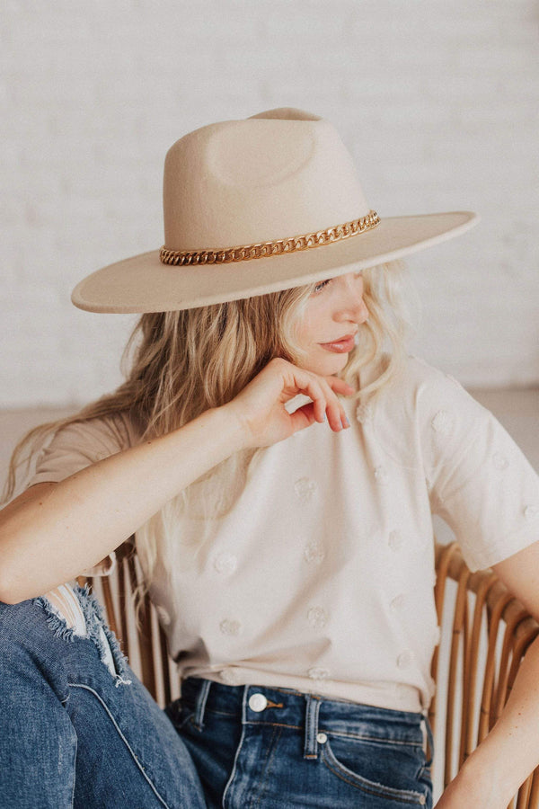 Accessories: Hat Joanne Rambler Hat with Chain Beige