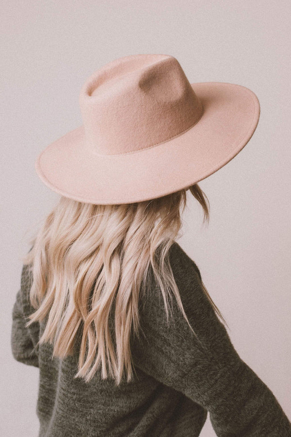Accessories: Hat River Wool Hat Sand