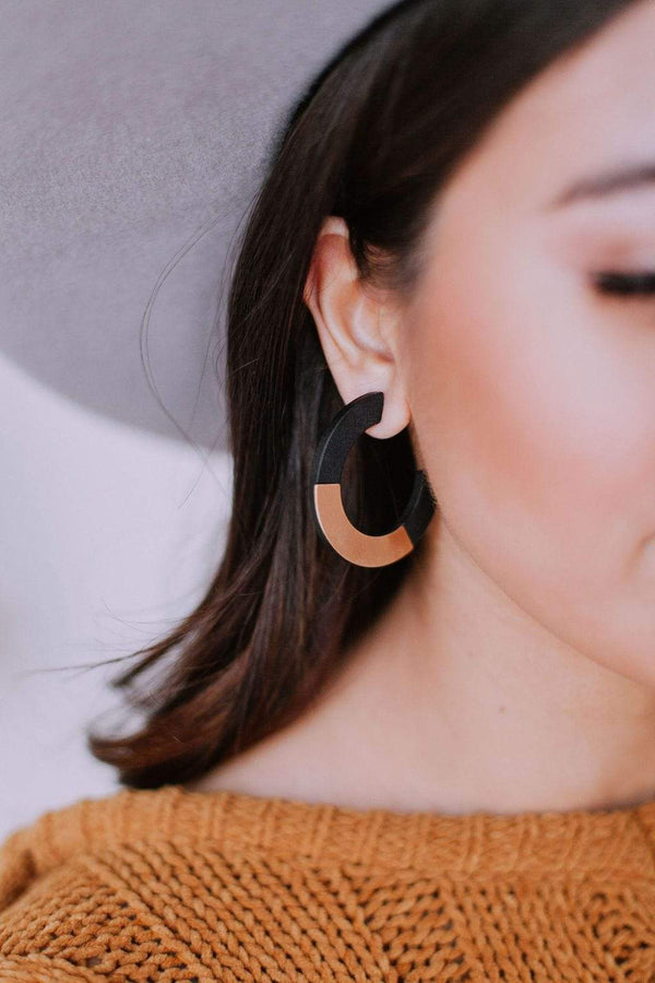 Accessories Motivated Earrings Black/Gold
