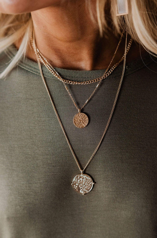 Accessories Yes Please Medallion Necklace