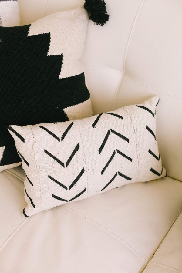 Geometric Pillow Cover Black