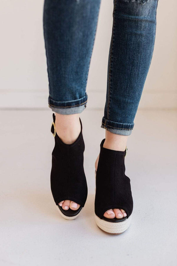 Shoes Adisa Wedge Sandals Black