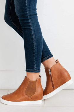 Shoes Chelsea Wedge Sneakers Tan