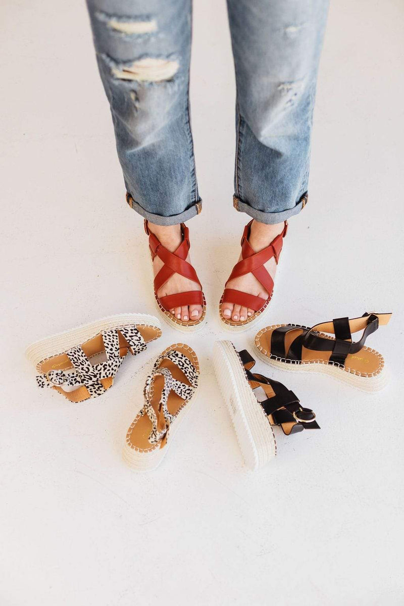 Shoes Roaming Espadrille Sandals Brick