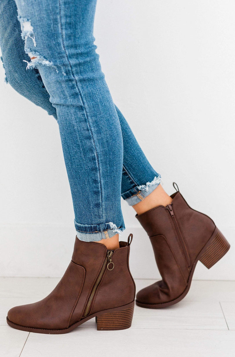 Shoes Side Zipper Bootie Brown