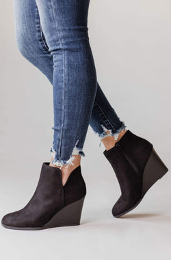 Shoes Wedge Booties Black