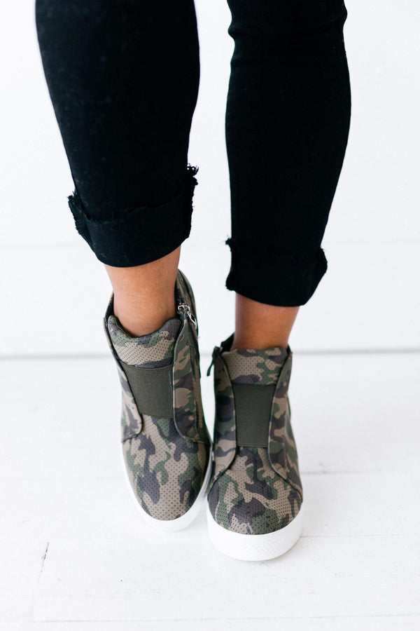Shoes Zoey Wedge Sneakers Camo