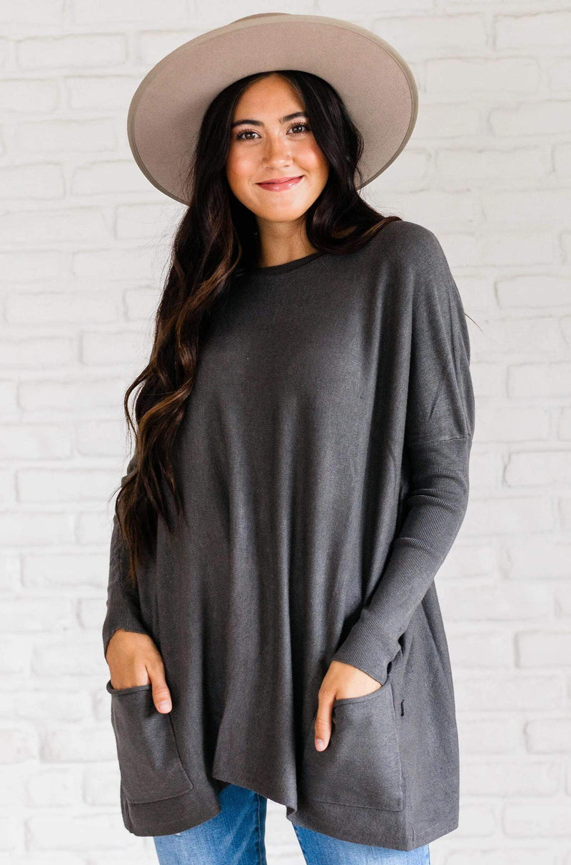Top: Sweater Nova Relaxed Sweater Charcoal