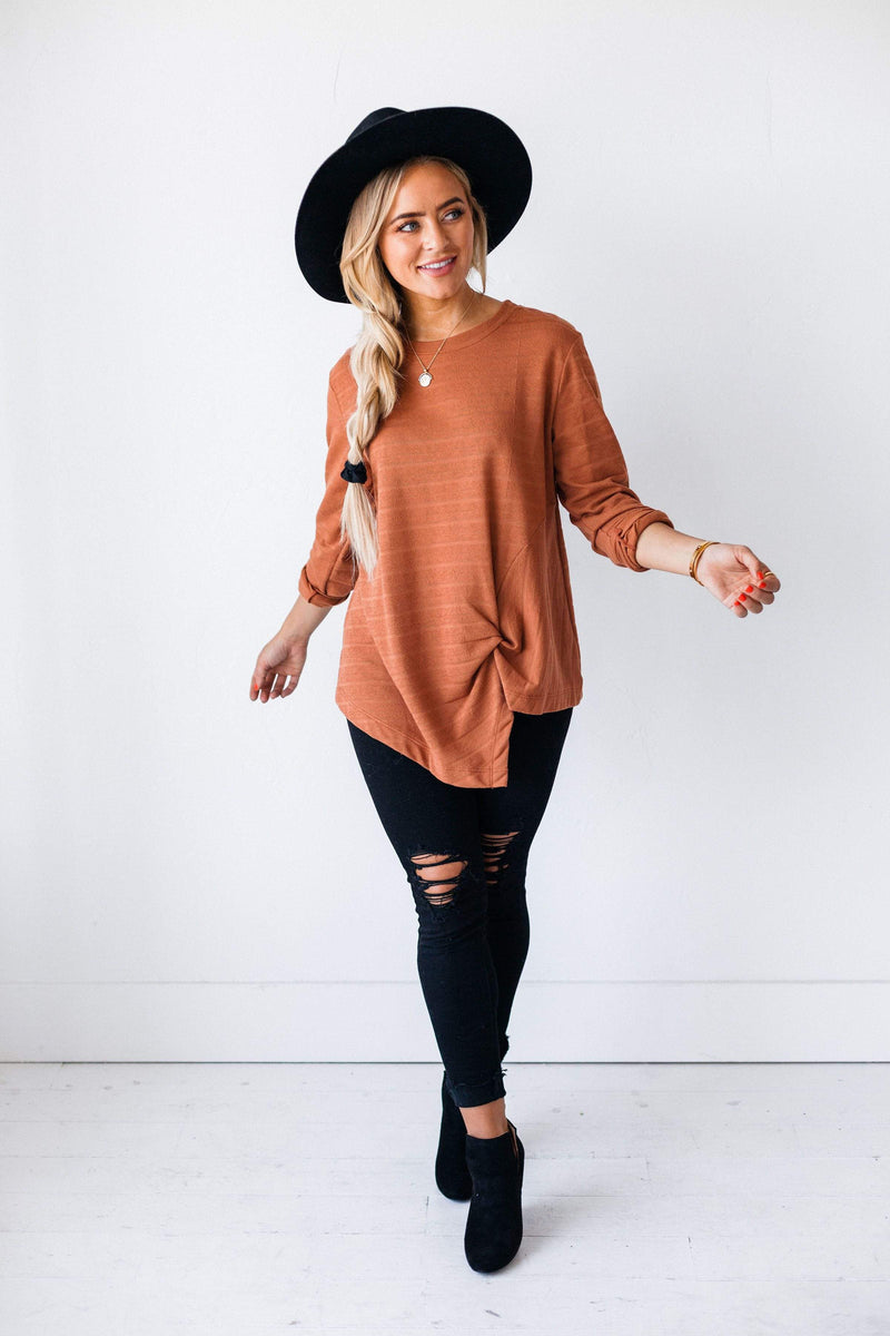 Tops Claire Knotted Top