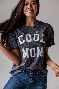 Tops Cool Mom Leopard Tee