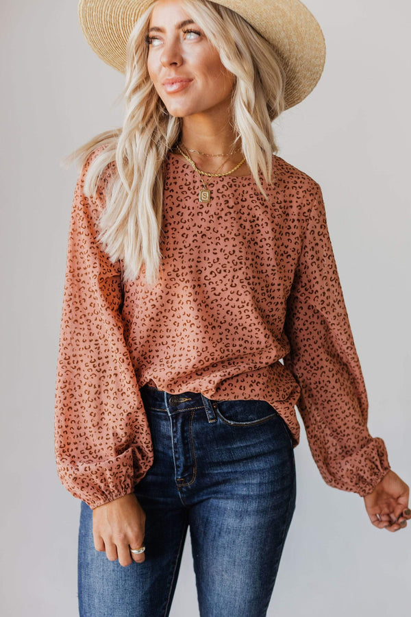 Tops Evalyn Flocked Leopard Puff Sleeve Top Peach