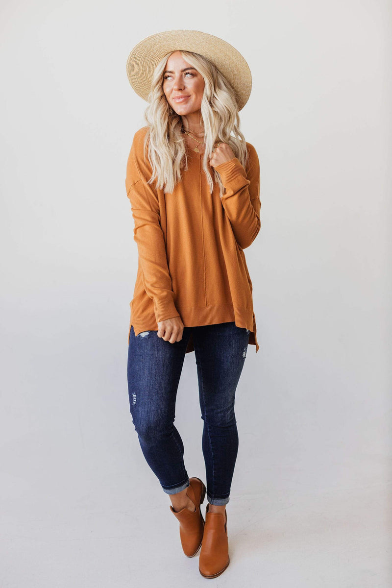 Tops EXCLUSIVE! Cam V Neck Sweater Caramel