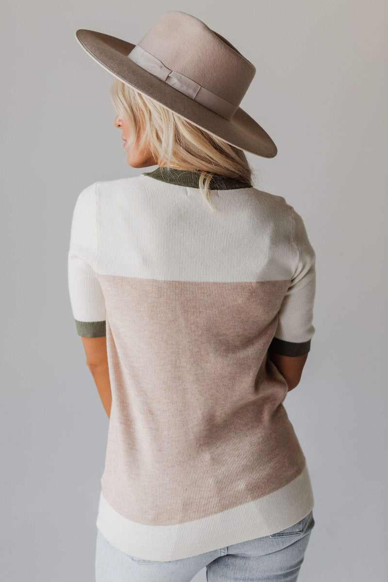 Tops EXCLUSIVE! Taysia Colorblock Short Sleeve Sweater Taupe