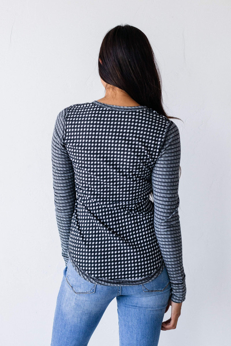 Tops Kiera Detailed Top Charcoal