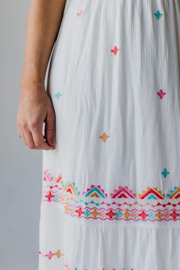 Tops Savannah Embroidered Dress