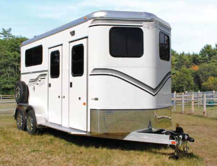 New! 2019 Kingston Classic Elite w/ Dressing Room Trailer