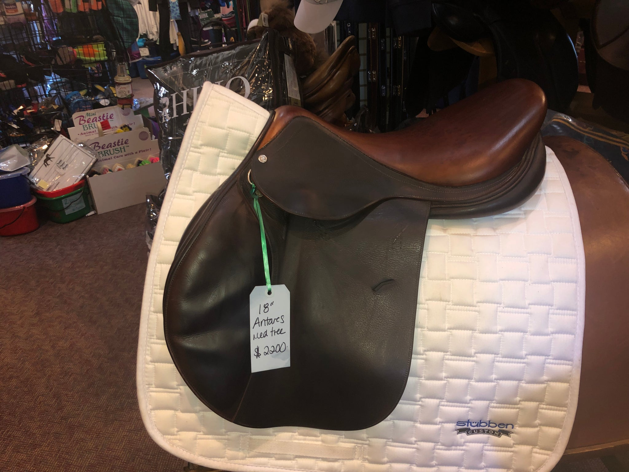 Antares Close Contact Saddle  18""
