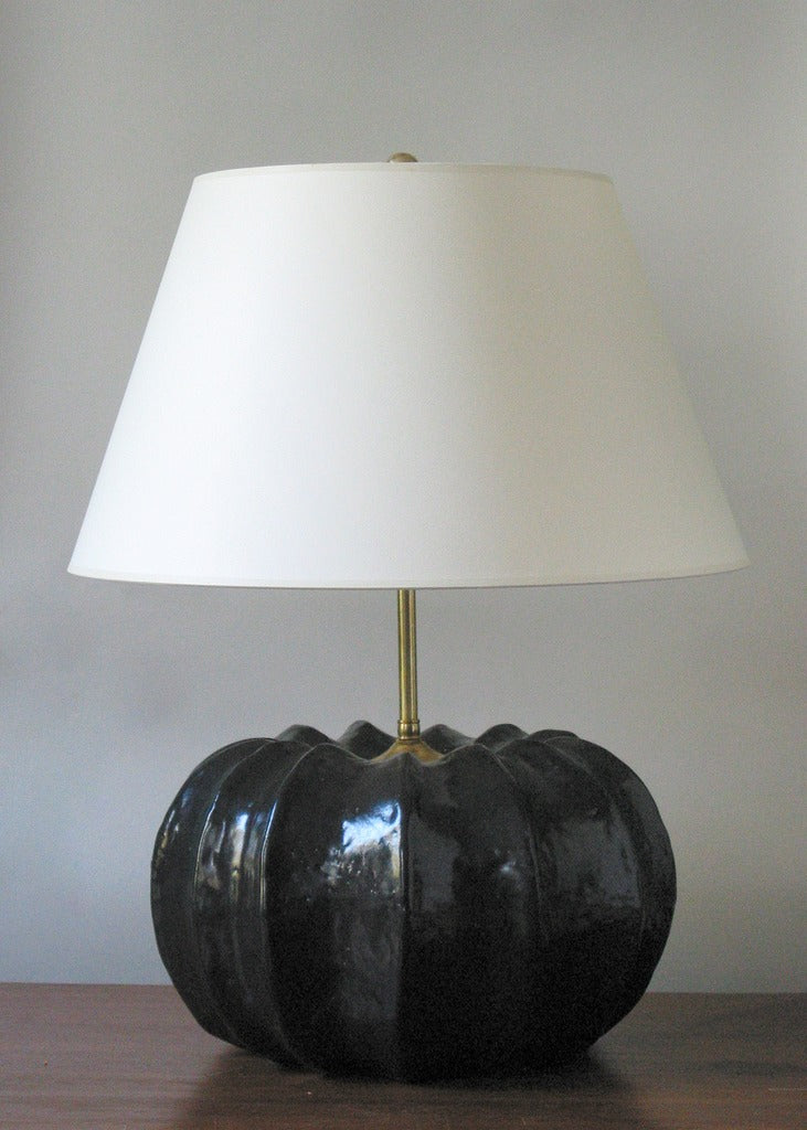 Ribbed Acorn Lamp