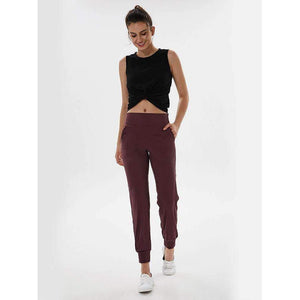 MEND Workout Sport Jogger - Dark Red