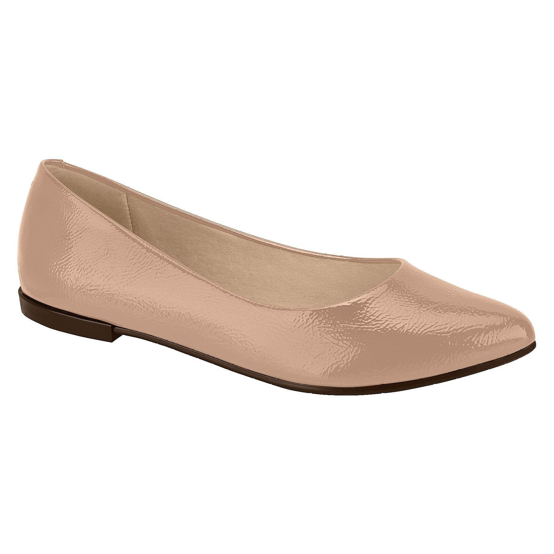 Moleca 5301-309 Pointy Toe Flat in Nude Patent