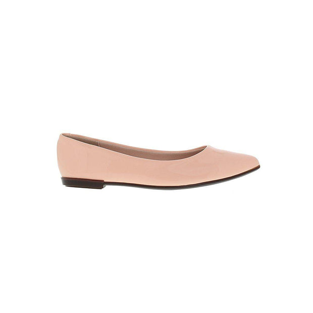 Moleca 5301-309 Pointy Toe Flat in Peach Patent
