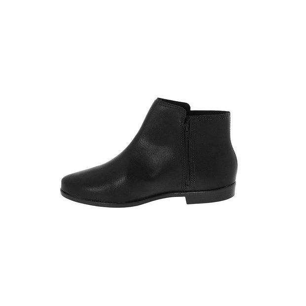 Moleca 5304-120 Flat Ankle Boots in Black Napa