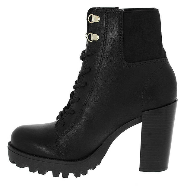 Moleca 5325-108 Ankle Boots in Black