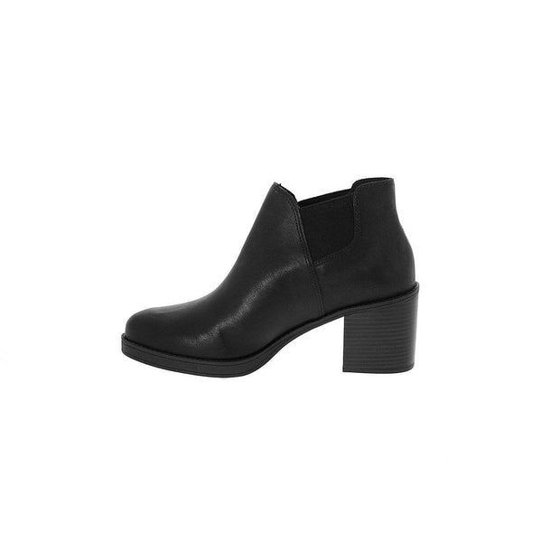 Beira Rio 9065-101 Ankle Boot in Black Boots Beira Rio