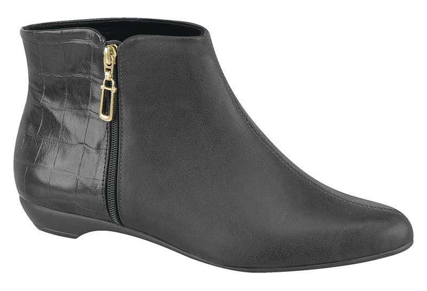 Beira Rio 9037-101 Flat Ankle Boot in Black Napa/Croc