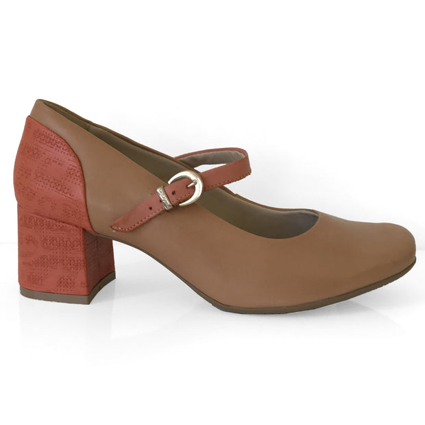 Comfortflex 16-67304 Low Heel Mary-Jane Pump in Caramel Napa