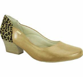 Comfortflex 16-95301 Low Heel Pump in Caramel / Leopard