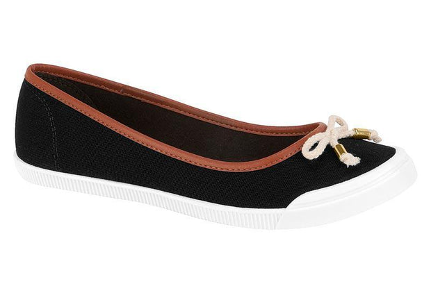 Moleca 5109-411 White Sole Flat in Black