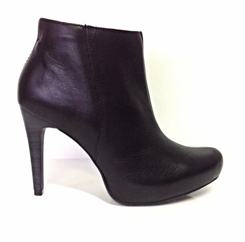 696824350f6 Ankle Boots - Warehouse Sale – tagged