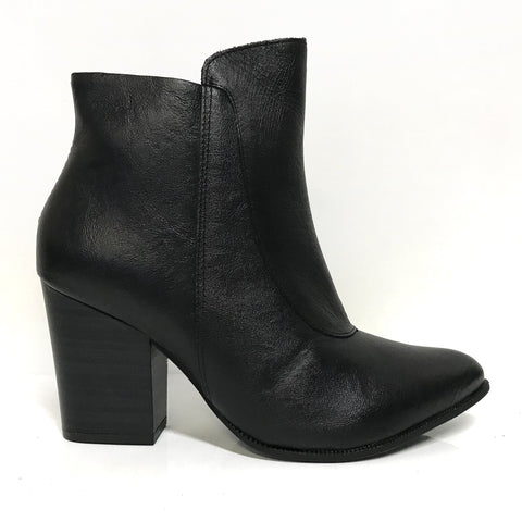 Ramarim 16-16153 Block Heel Ankle Boot in Black Napa