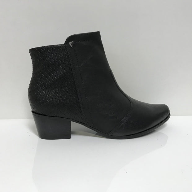 Ramarim 16-57137Low Heel Ankle Boot in Black Napa