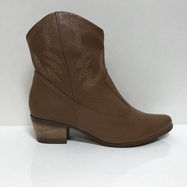Ramarim 16-57138Low Heel Cowboy Boot in Brown Napa