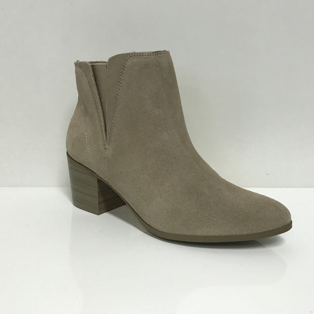 Ramarim 16-67101 Ankle Boot in Castor Nubuck