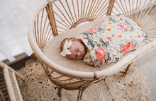 Load image into Gallery viewer, Woven Sun Bassinet