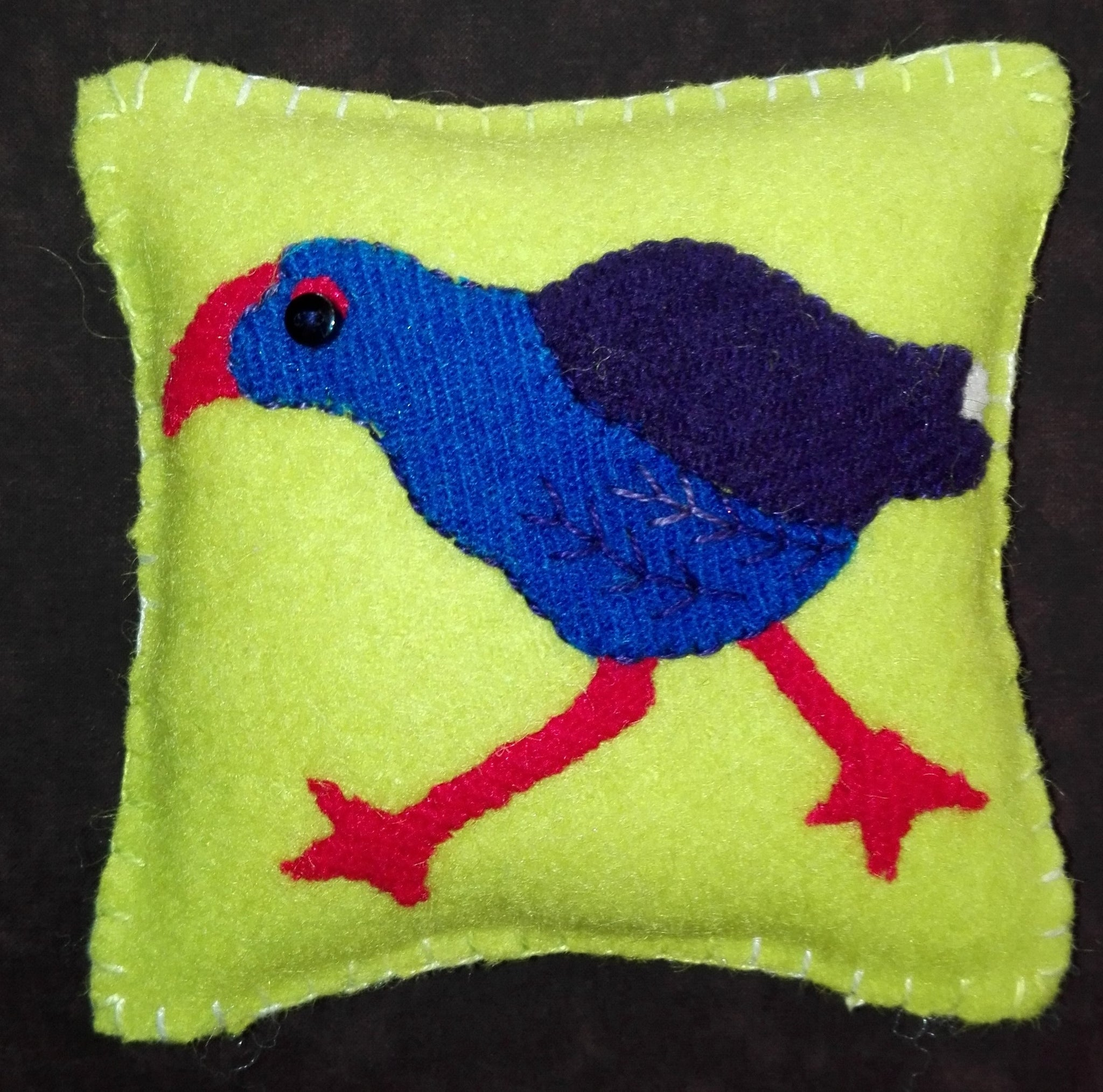 Pukeko Woolly Bird Pin Cushion Kit by Sue Roper