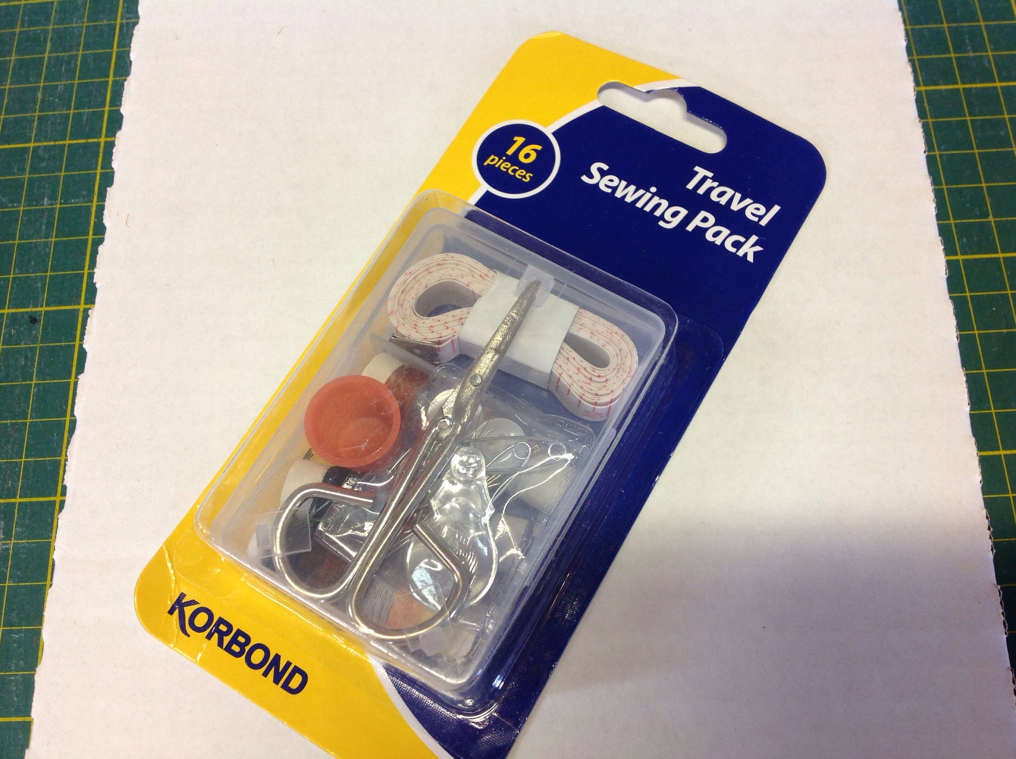 Travel Sewing Kit - 16 pieces