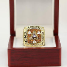Load image into Gallery viewer, Los Angeles Lakers NBA Championship Ring (2002) - Kobe Bryant
